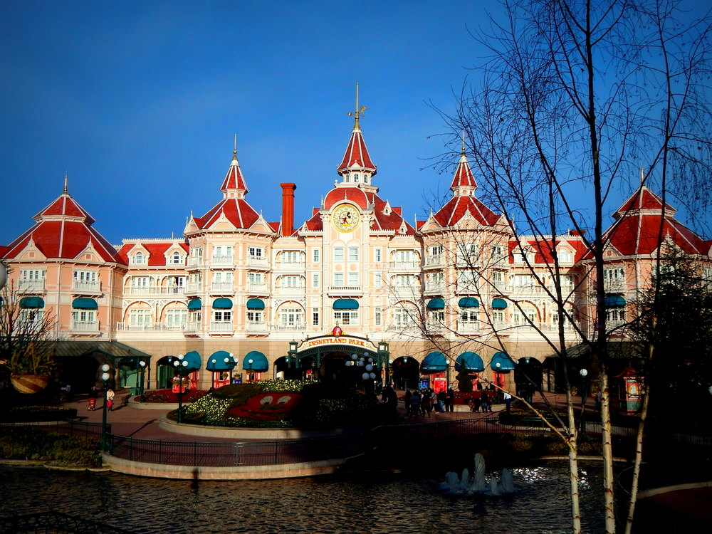 Disneyland Paris Tickets | ThemeParks-EU